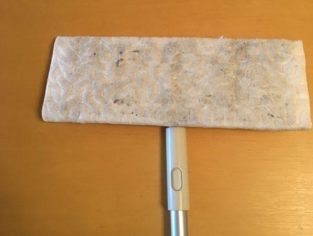 【ソレダメ!】フローリングワイパーで最大限ゴミを取る方法